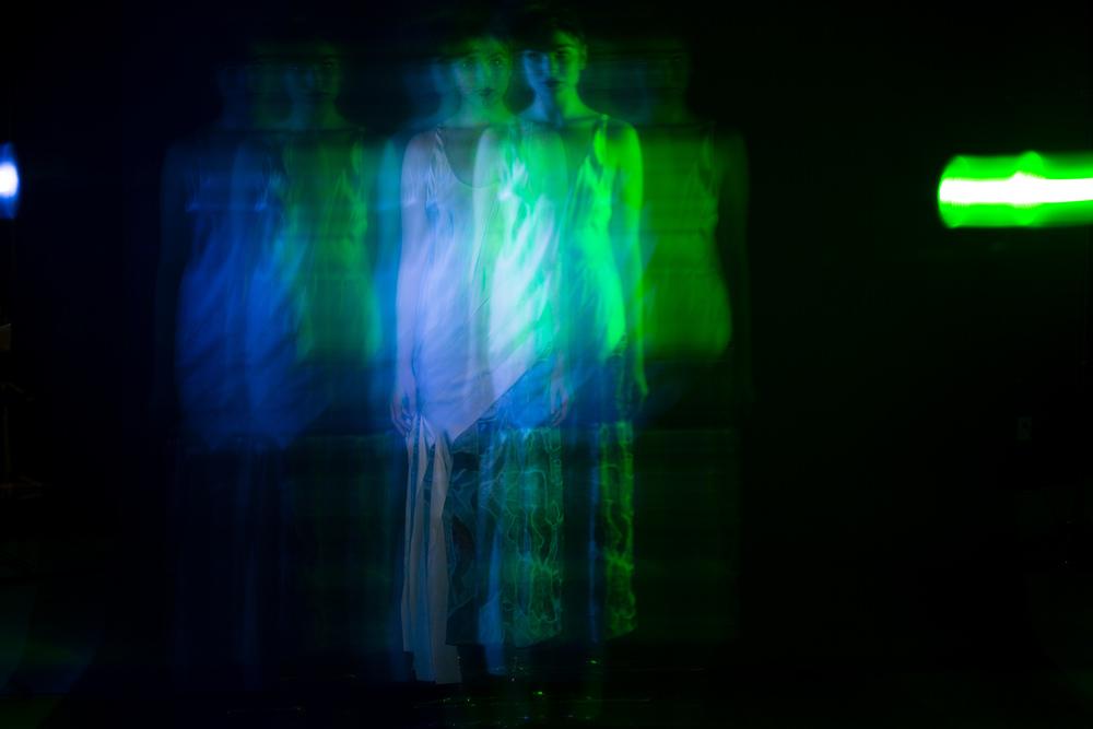 Velvet_Dust_Light_Play00006.jpg