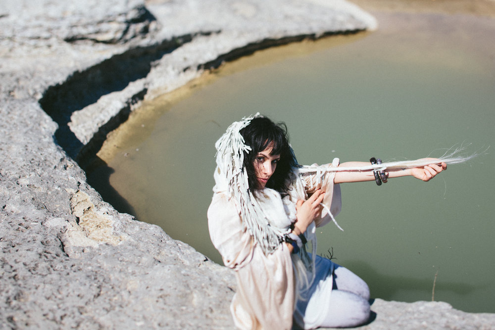 Paige-Newton-Imagery-fashion-photographer-velvet-dust-wilderness.jpg