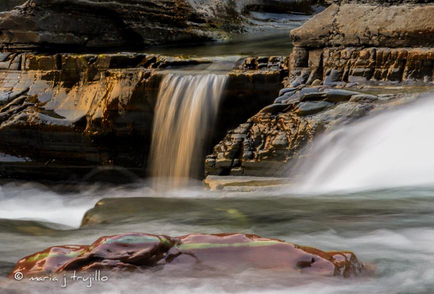 webcopy-left-glacier waterfalls (2 of 3).jpg