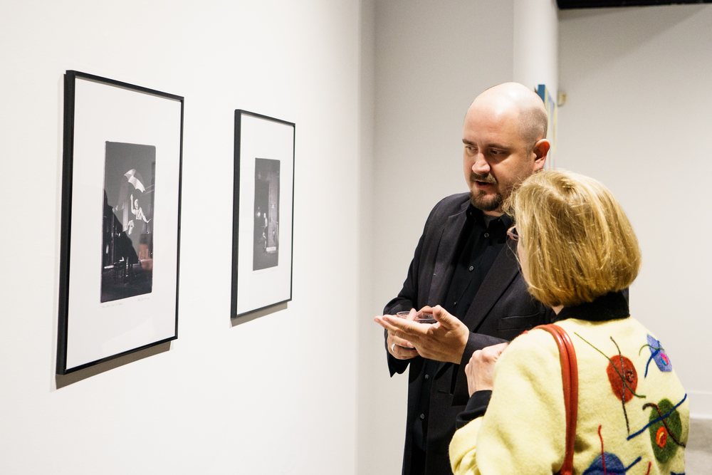 AlumniGalleryReception-10.16.2015-19.jpg