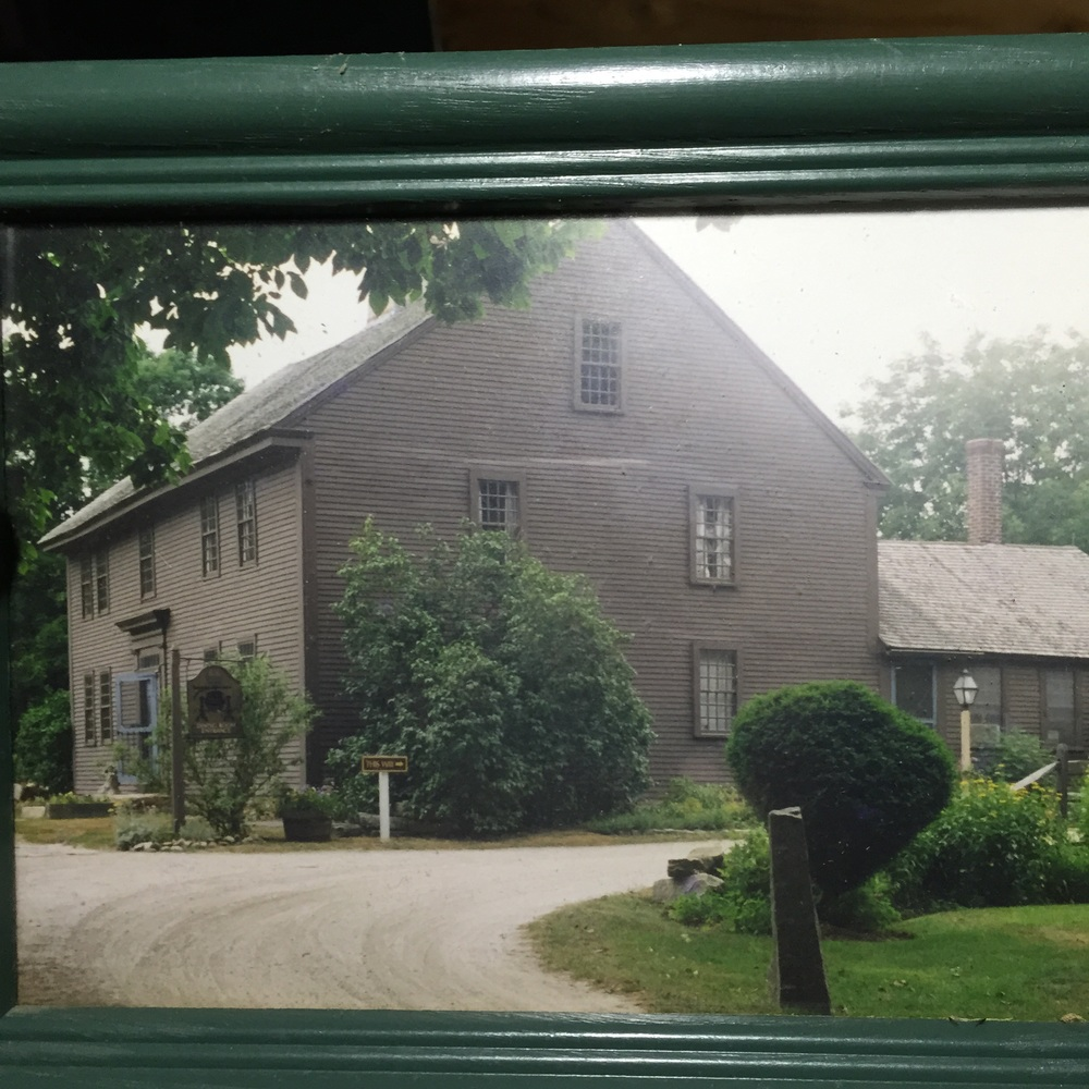 A photo found of when it was a restaurant and Inn