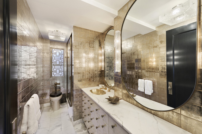 The gold in Cameron Diaz's gilded bathroom is perfect for a movie star.