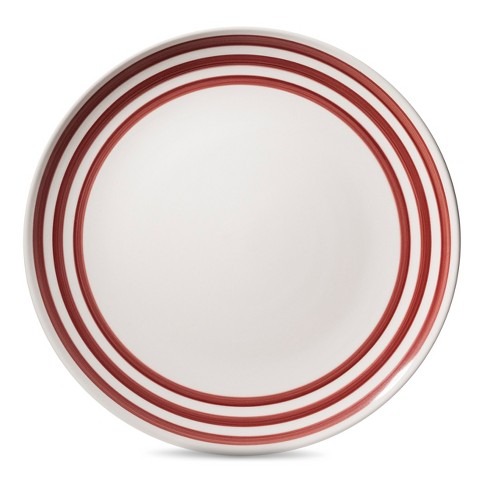 Target's red bistro plates are the perfect holiday plate since they can be used year round.  After all, who doesn't love a nice Parisian home and steak frites!?