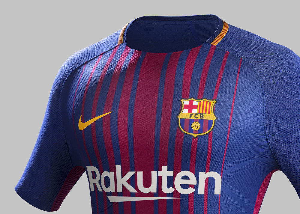 Fy17-18_Club_Kits_H_Crest_Match_FCB_R_rectangle_1600.jpg