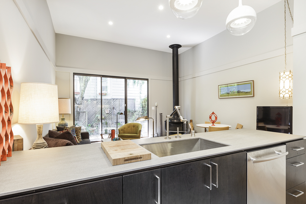 04-161Octavia-kitchen-high-res.jpg