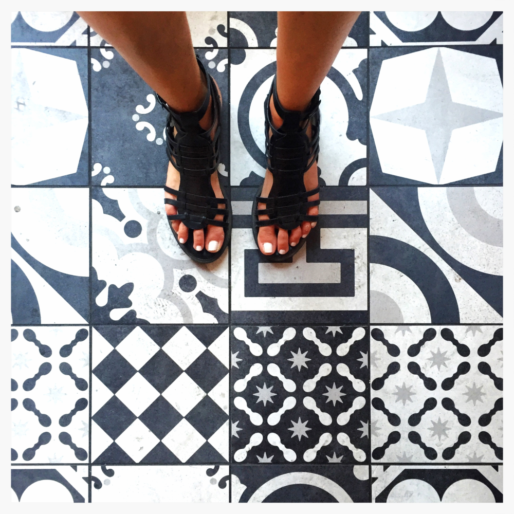 these tiles were inside a gelato store in the center of Rome. i *think* they are new(er). but see how closely they resemble the first image of geometric tiles? these ones are higher contrast and i L O V E them.