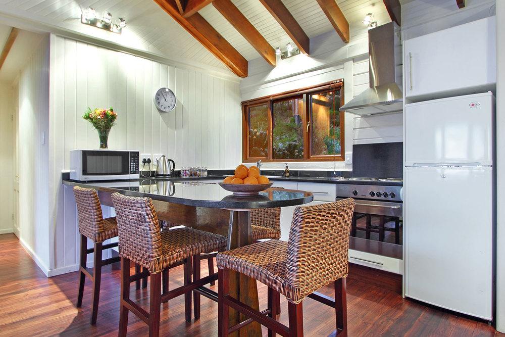 LL_EZ_kitchen-1.jpg