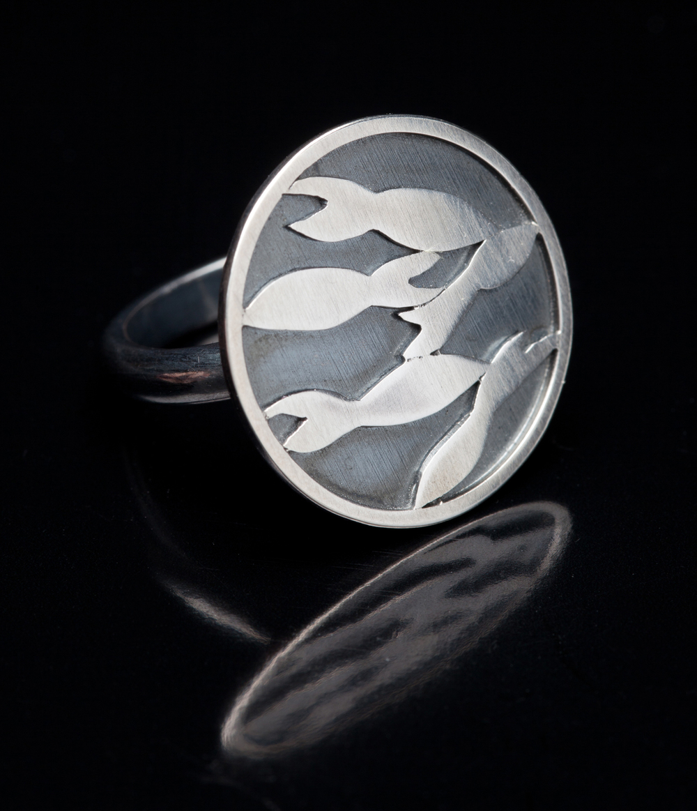 Swimming Fish Ring