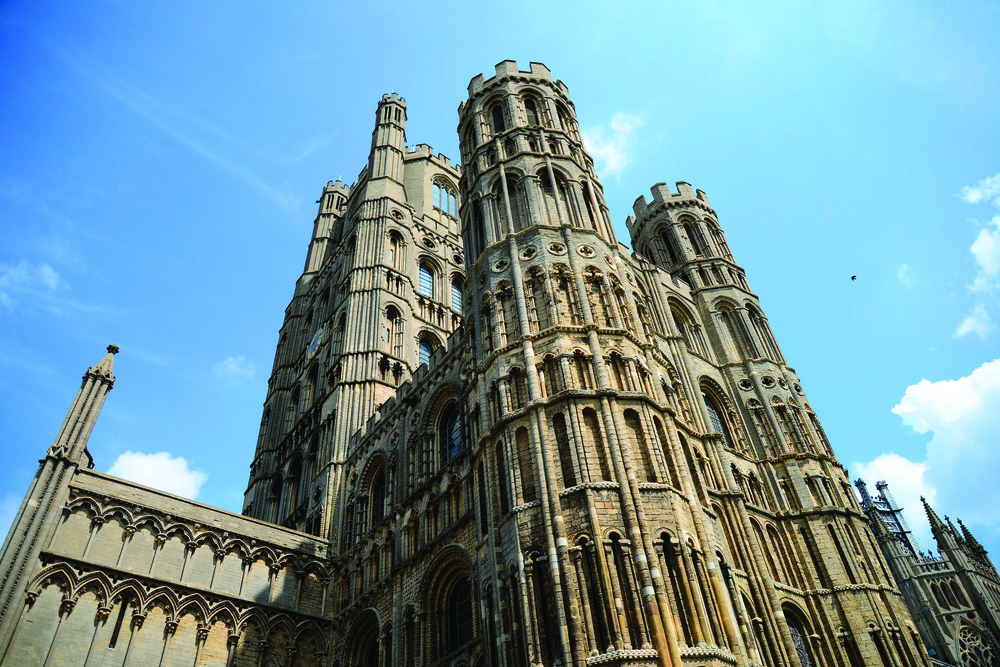 ely-cathedral-414090_1920.jpg