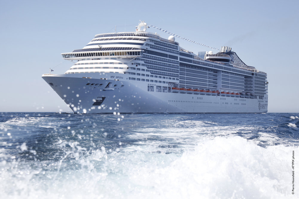MSC Divina splash.jpg
