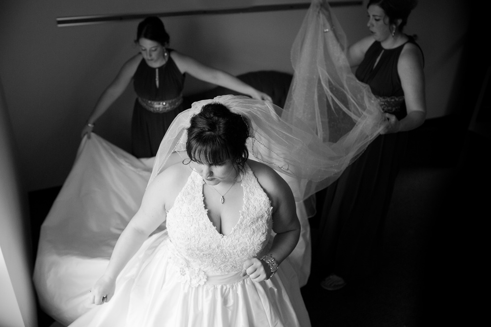 Erin Evangeline Photography Grand Rapids Wedding Photographer