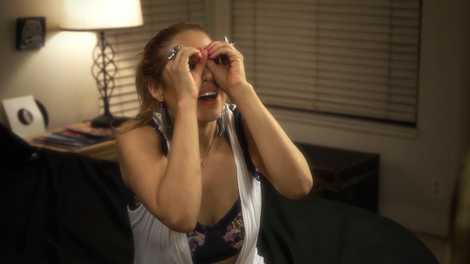 Shannon Lark as Rachelle.