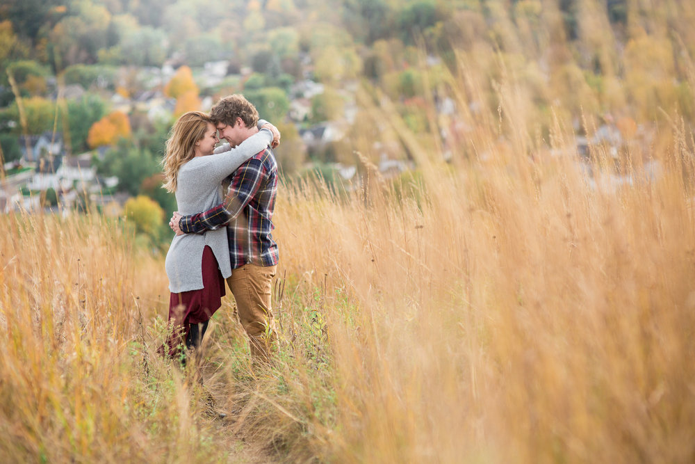 StaciDesign-RedWing-Engagement-10.jpg
