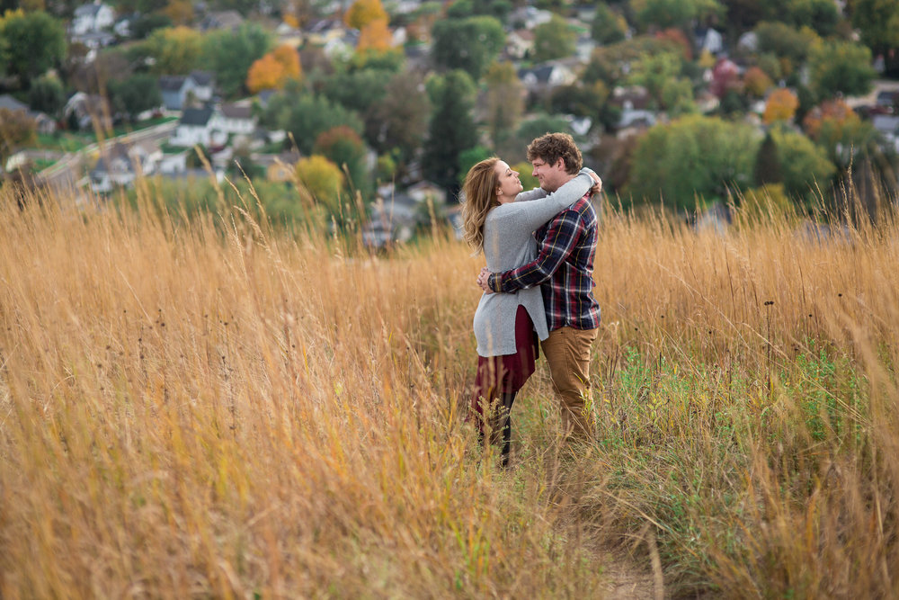 StaciDesign-RedWing-Engagement-9.jpg