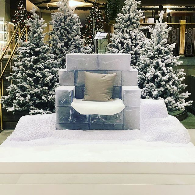 this is where santa takes your order #nk #displaysnow #iceblocks  #snowfx #custombuilt #wintereffects #wishlist #vintereffekter #panoramasfx