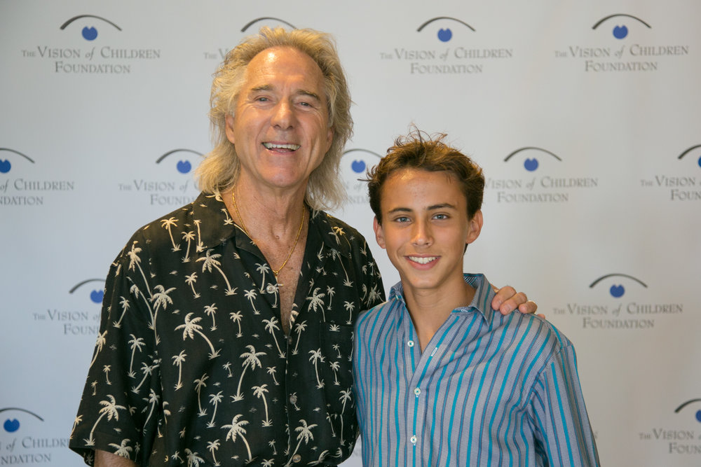 Gary Puckett with Joel Gomez, 14. Photo: Bill Keane, Keane Studios