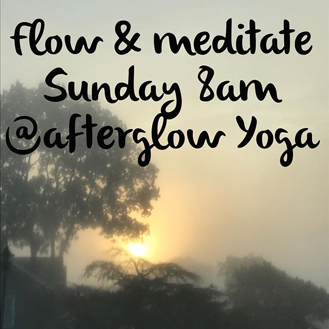 Set the alarm now so you can wake up for my 8am flow & meditate class @afterglowyogali. This morning's practice was on point & tomorrow's will be even better! See you there! 🤗🙏🏻👍🏻
