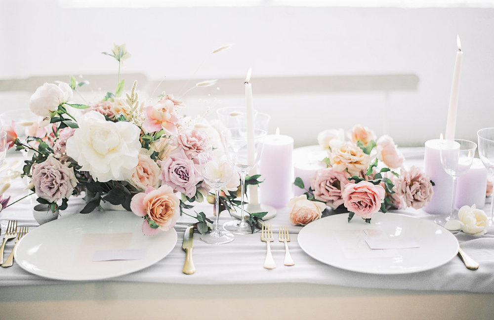 Table top design by Lavenders Flowers with Sally Pinera Photography