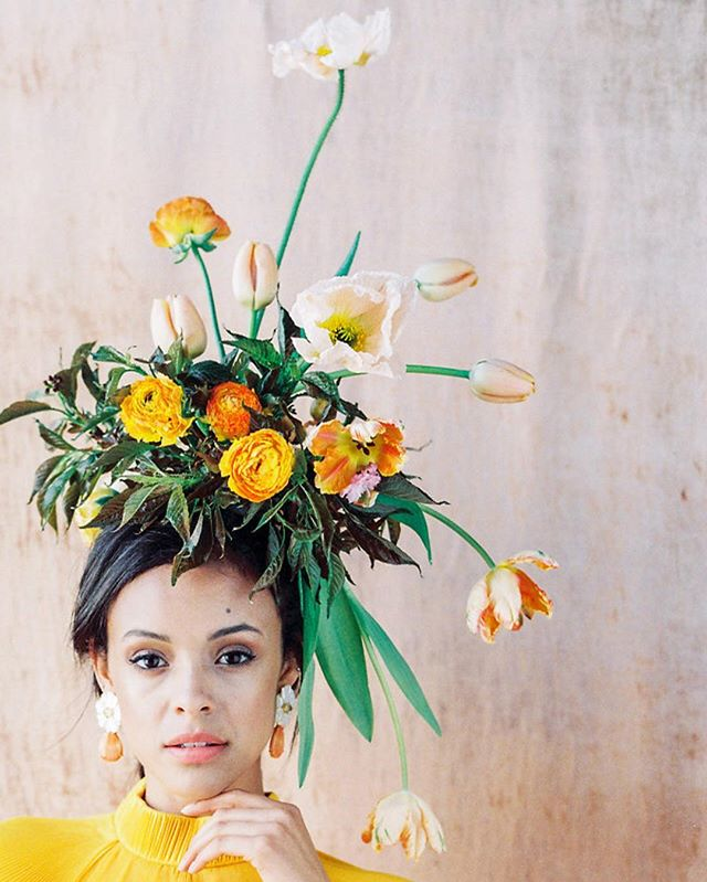 Making this floral head piece was so fun! This piece was created with Tulips, Poppies, and Ranunculus for an colorful editorial with @sallypineraphoto @theark_ @tonoandco @tibi @tingmakeup #lavendersflowers #dsfloral #dscolor #yellow #flowers #flowercrown
