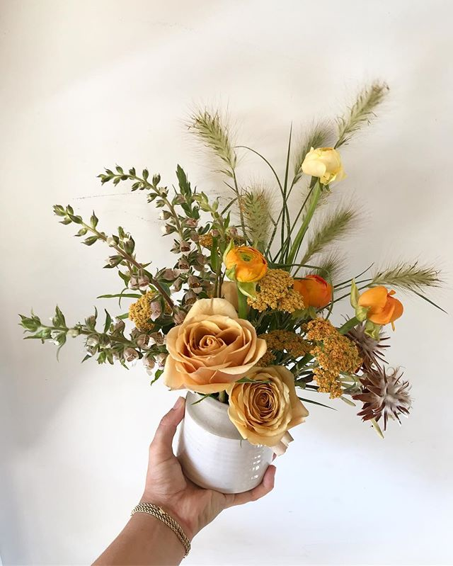 Golden Summer✨#lavendersflowers #dsfloral #bouquet #floraldesign #gold