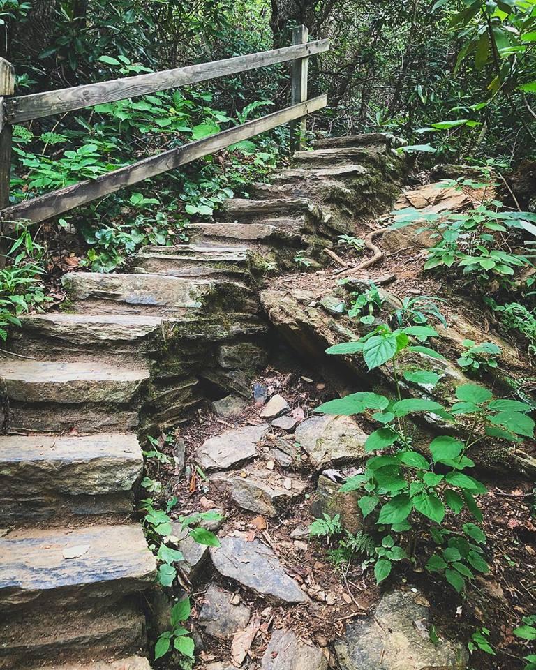 Stairwayinashv.jpg