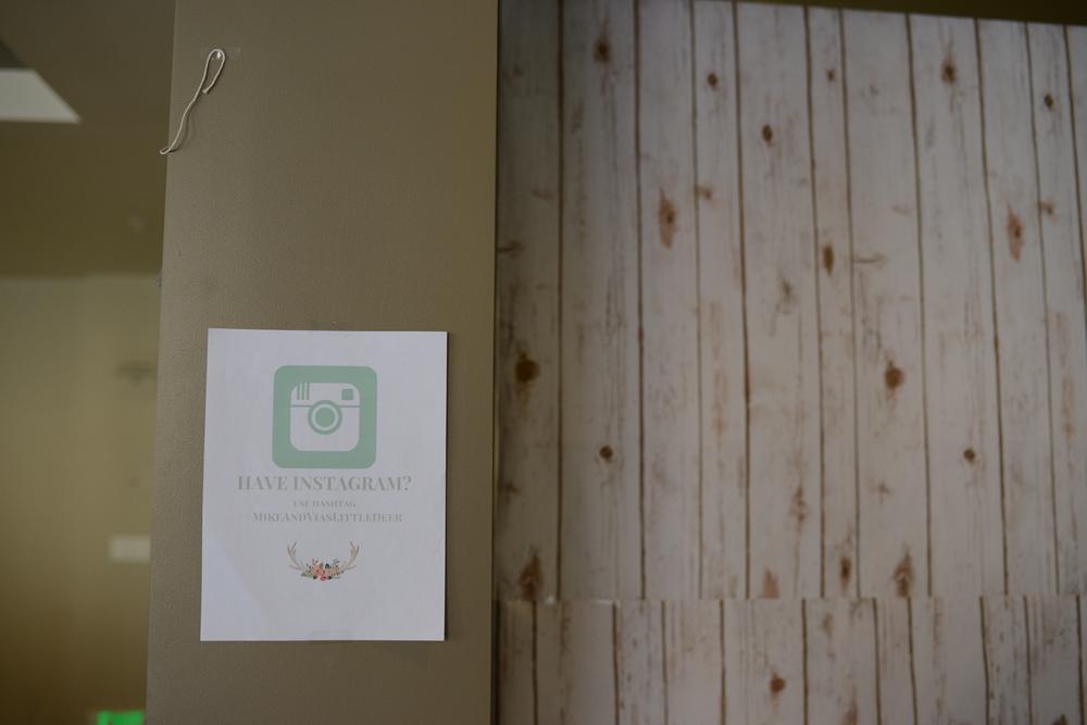 """wood"" printed backdrop"