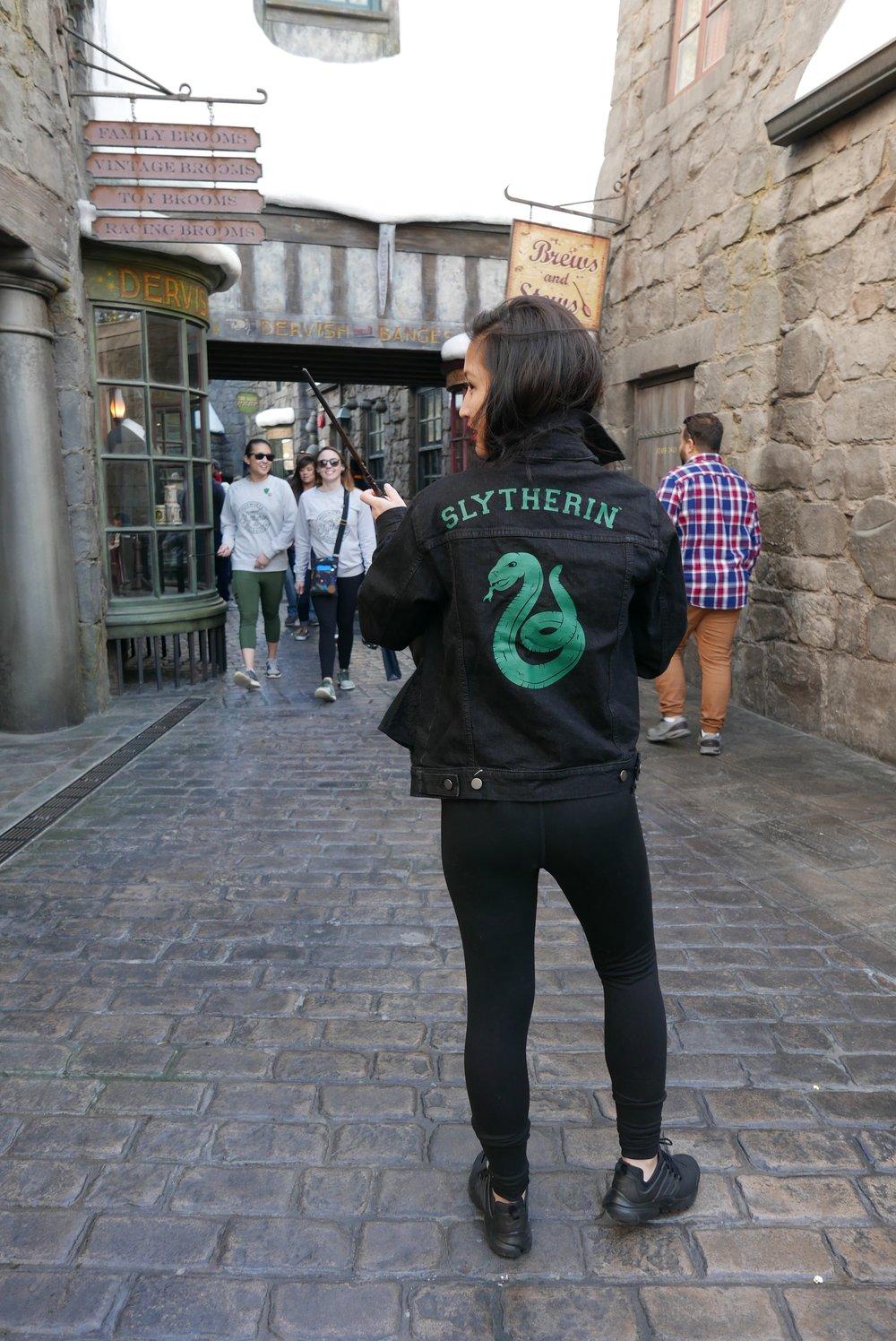 Look 2: Gryffindor Glam
