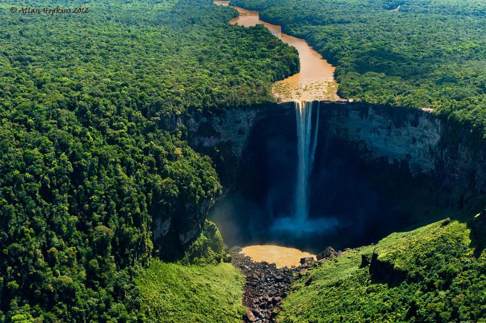 Kaieteur Falls in central Essequibo Territory, Guyana