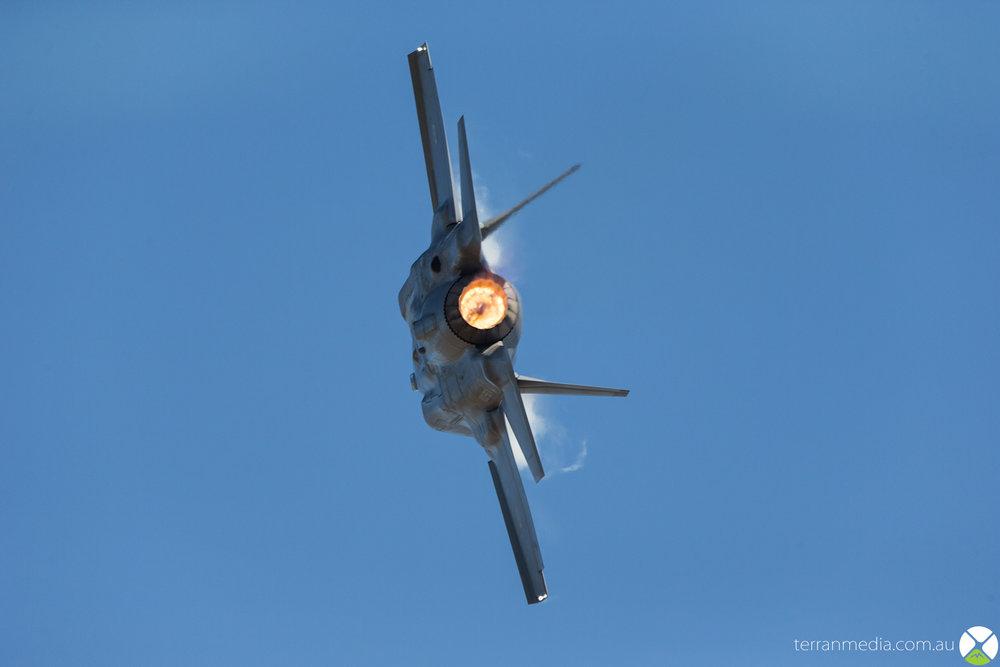 F35_6.jpg