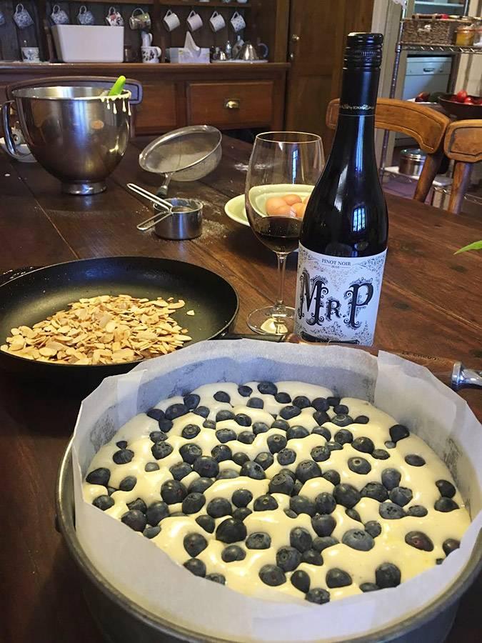 rozy-recipe-tosca-blueberry-cake-with-mr-p-02.jpg