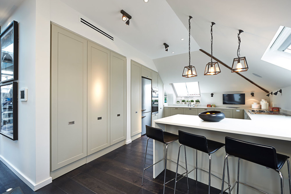 Fulham Road penthouse – a Shaker-style kitchen with a modern twist