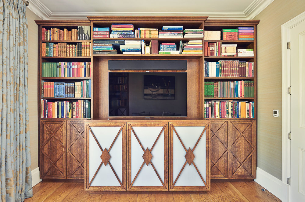 Wimbledon Village – a timeless bookcase in stained solid oak