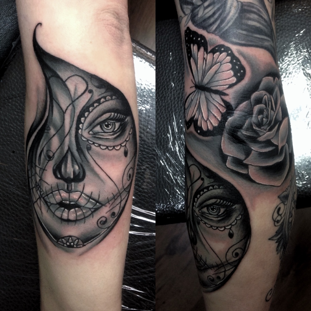 Black and grey day of the dead woman by Mel hanson art