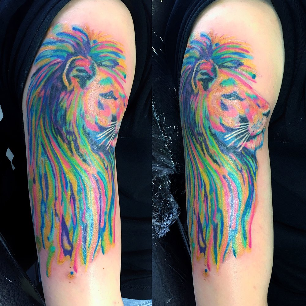 watercolour lion tattoo by mel hanson