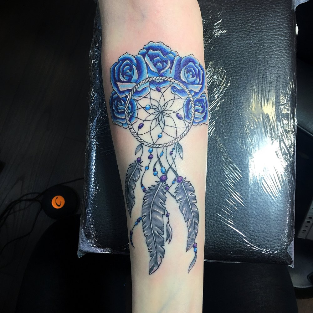 dream catcher with roses by mel hanson