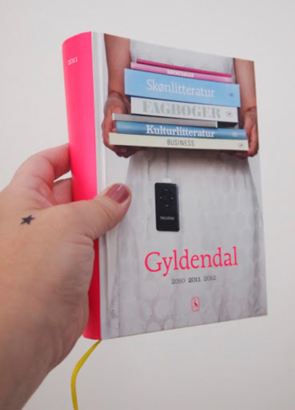 gyldendal_katalog_2011_forside.png