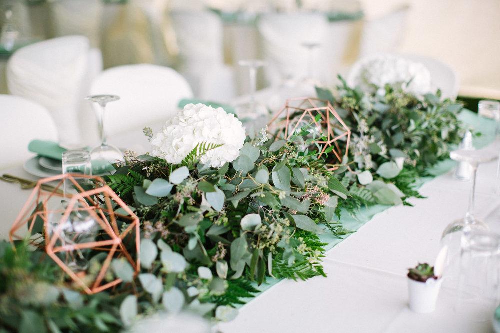 Backyard_collingwood_waterfront_diy_wedding-37.jpg