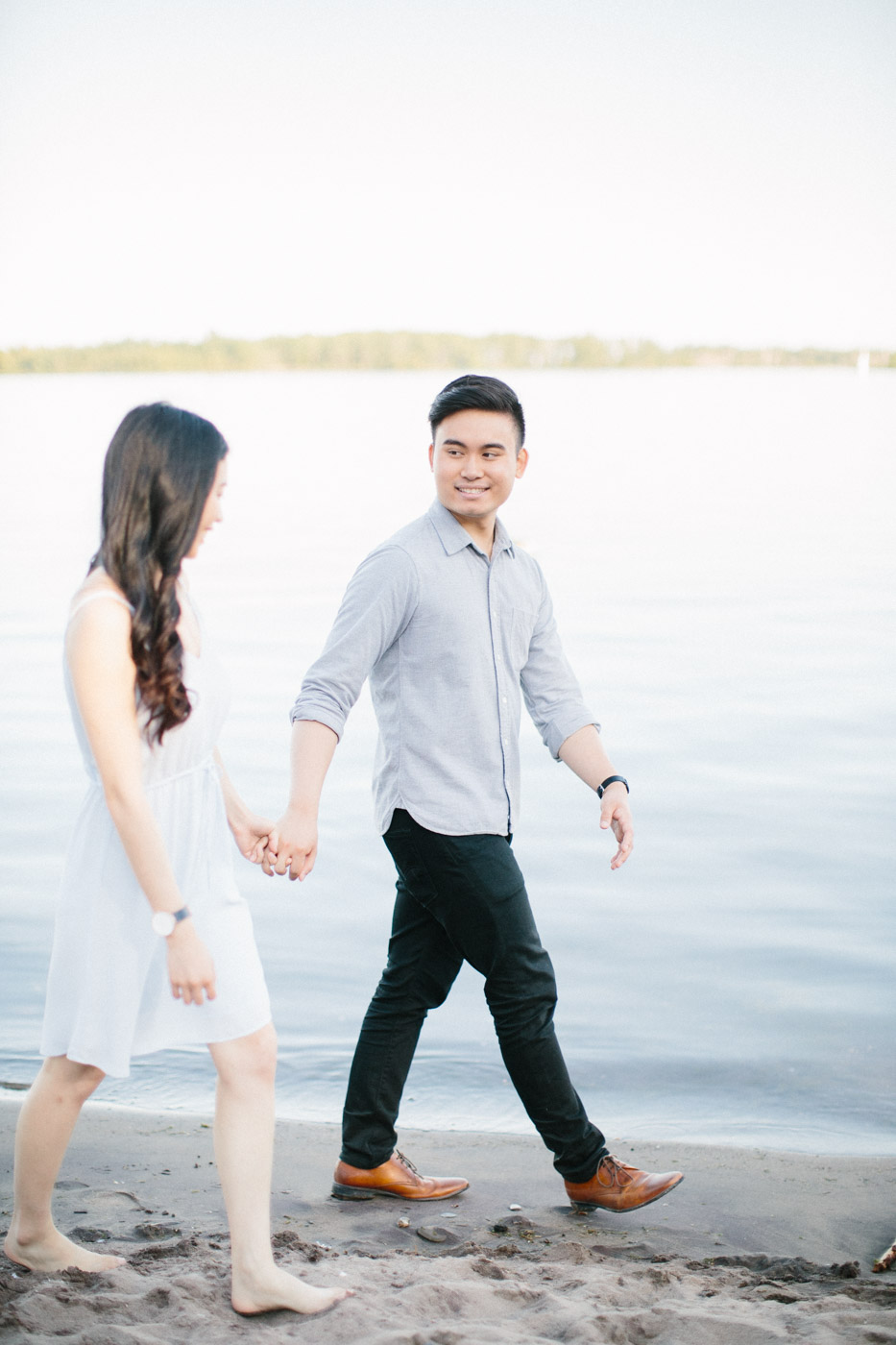 toronto_wedding_photographer_engagement_beach-110.jpg