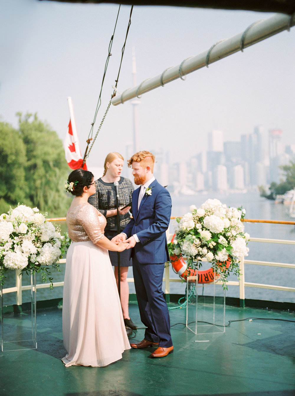 corynn_fowler_photography_toronto_wedding_boat_harbourfont-319.jpg