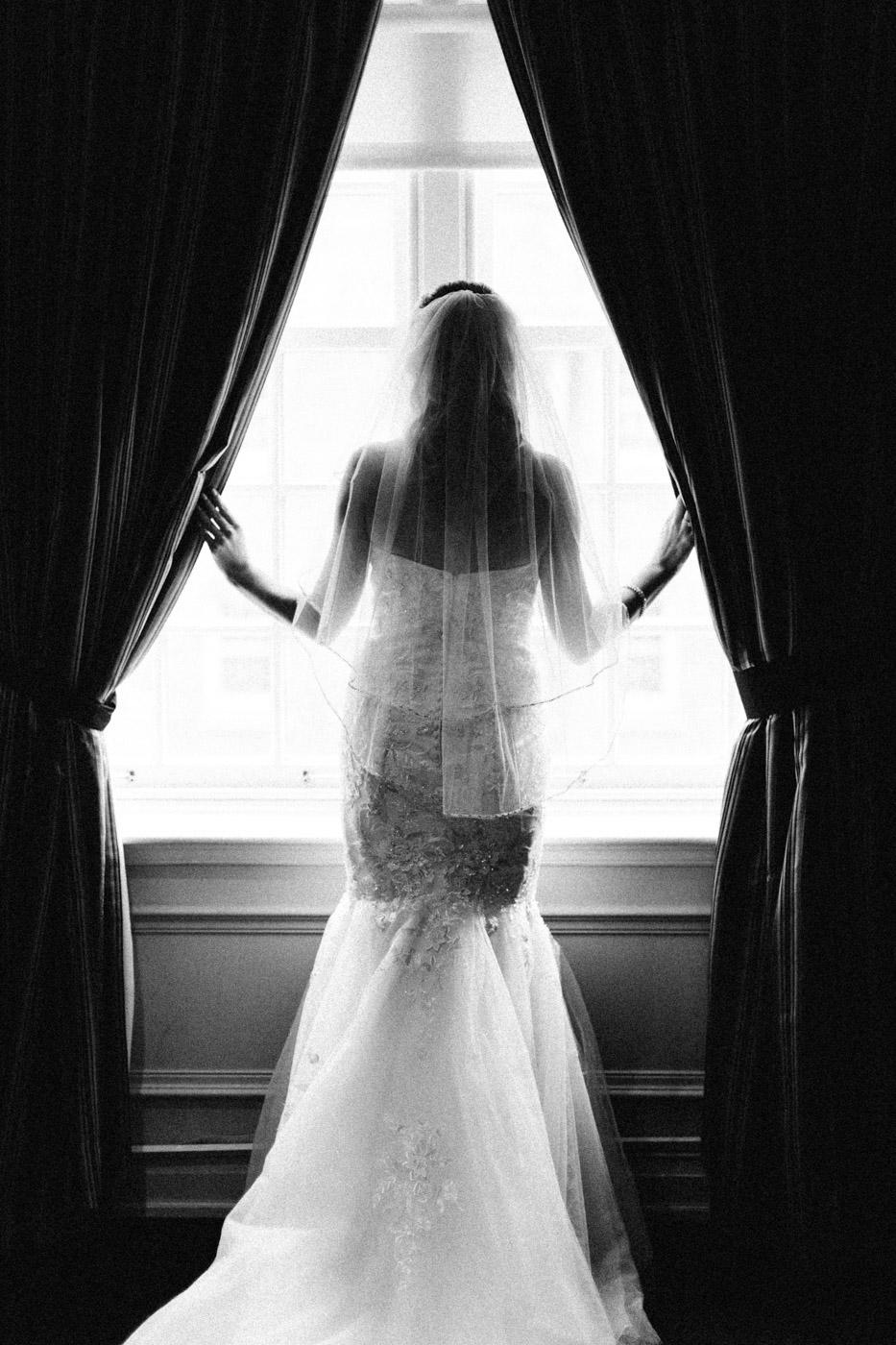 toronto_wedding_photographer_winter_wedding-19.jpg