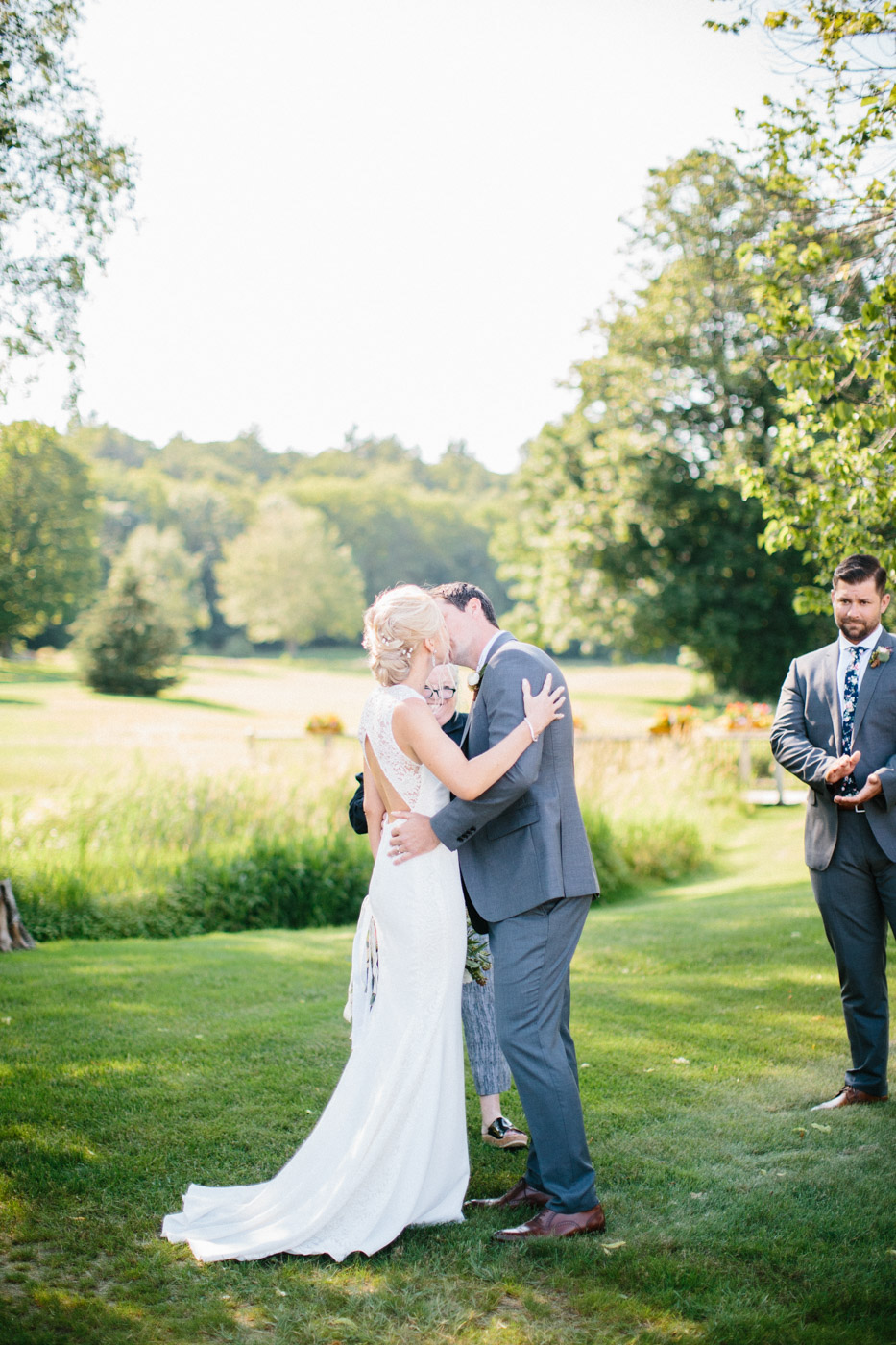 toronto_wedding_photographer_muskoka_outdoor_wedding-73.jpg