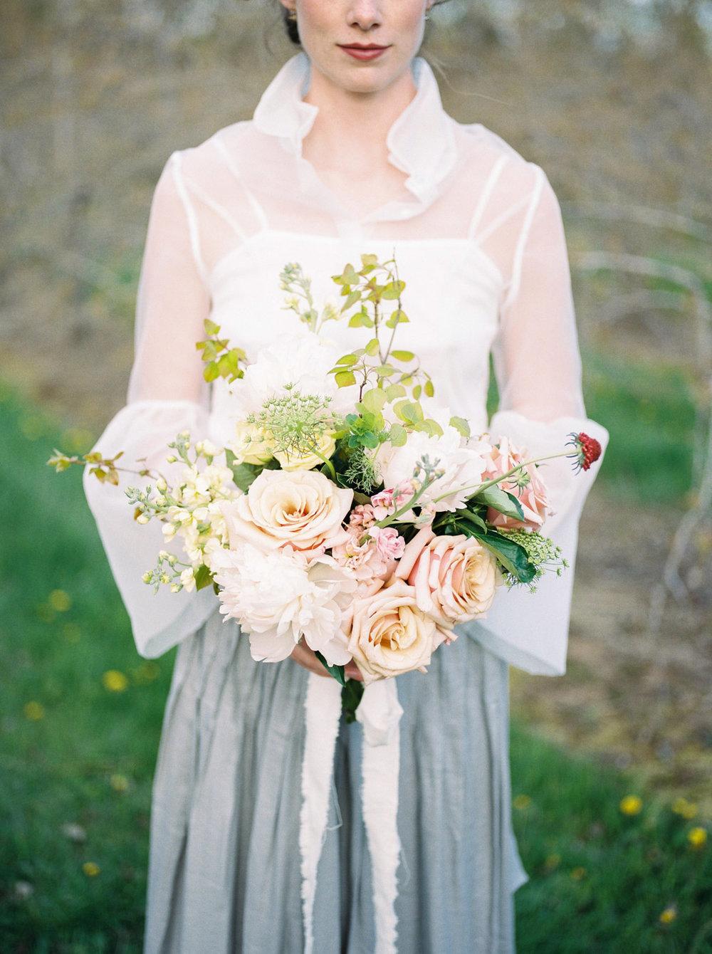toronto_wedding_photographer_spring_outdoor_wedding_inspiration-28.jpg