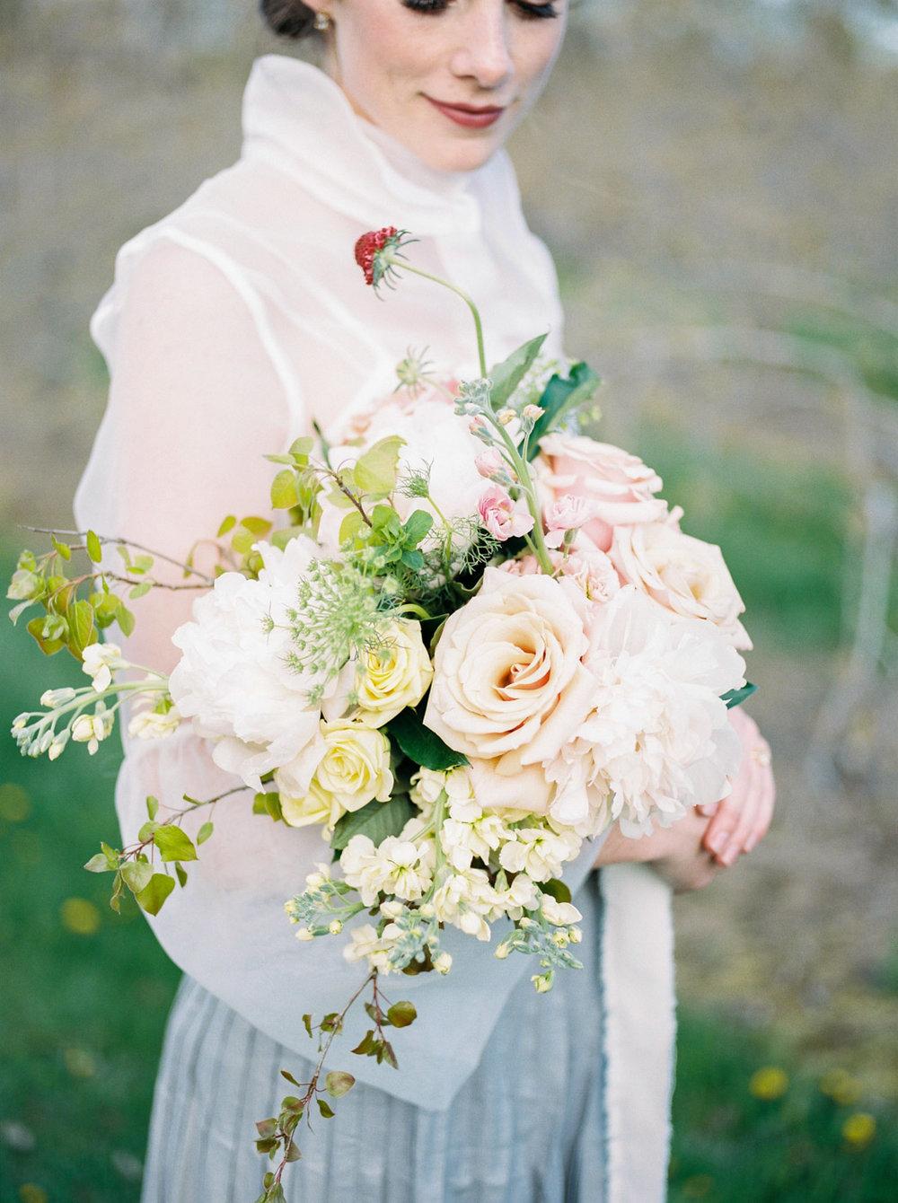 toronto_wedding_photographer_spring_outdoor_wedding_inspiration-27.jpg