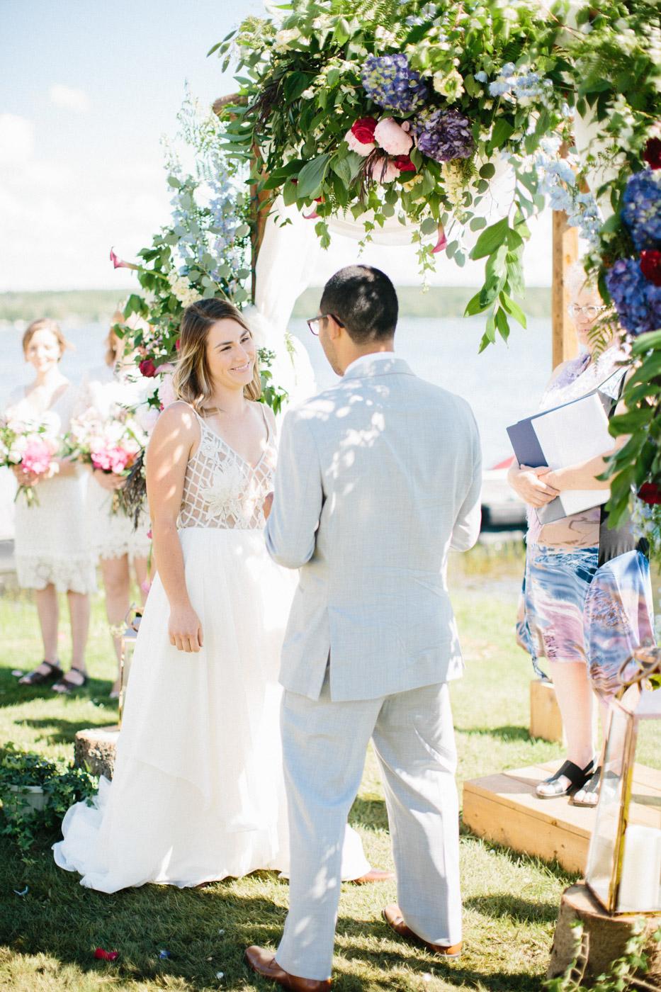 toronto_wedding_photographer_backyard_wedding-16.jpg