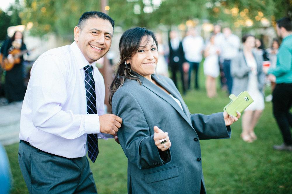 toronto_wedding_photographer_backyard_wedding-35.jpg