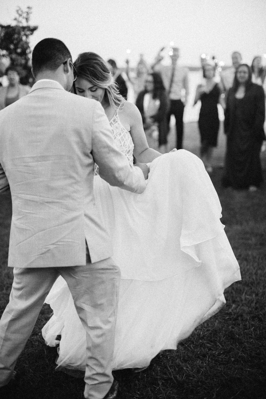 toronto_wedding_photographer_backyard_wedding-46.jpg
