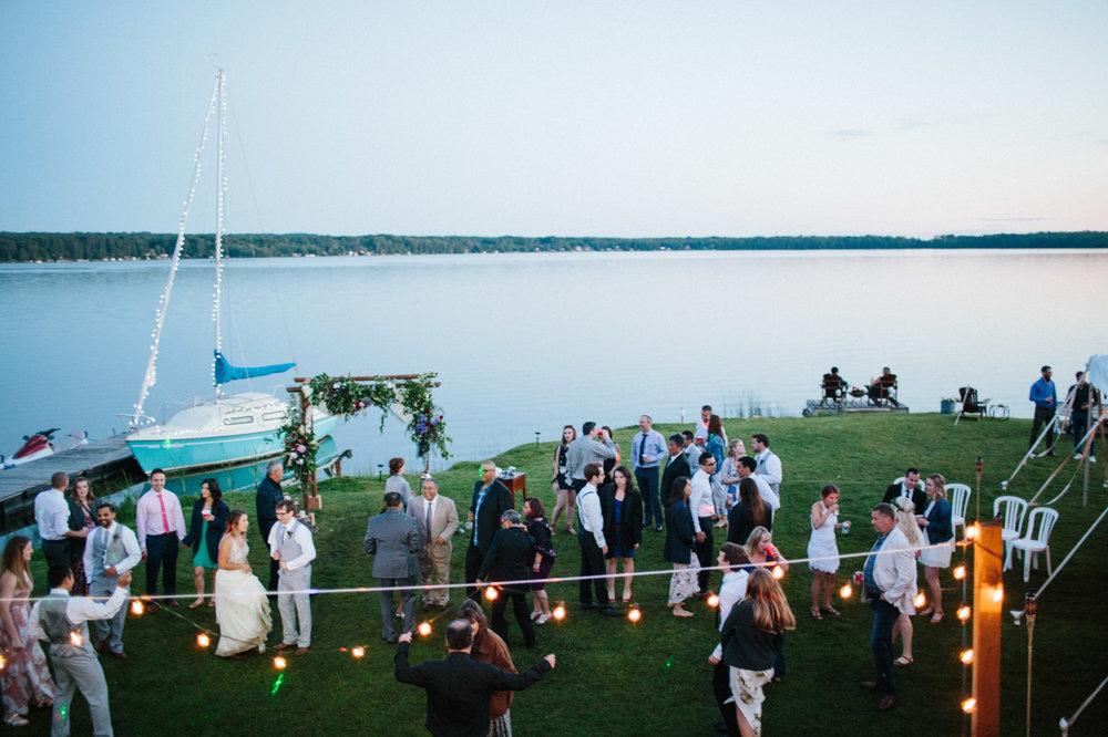 toronto_wedding_photographer_backyard_wedding-52.jpg