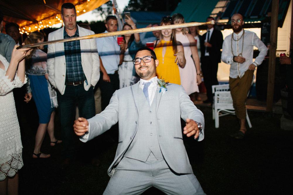 toronto_wedding_photographer_backyard_wedding-55.jpg