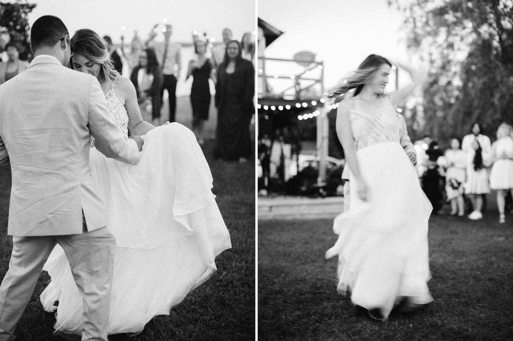 toronto_wedding_photographer_backyard_wedding11.jpg