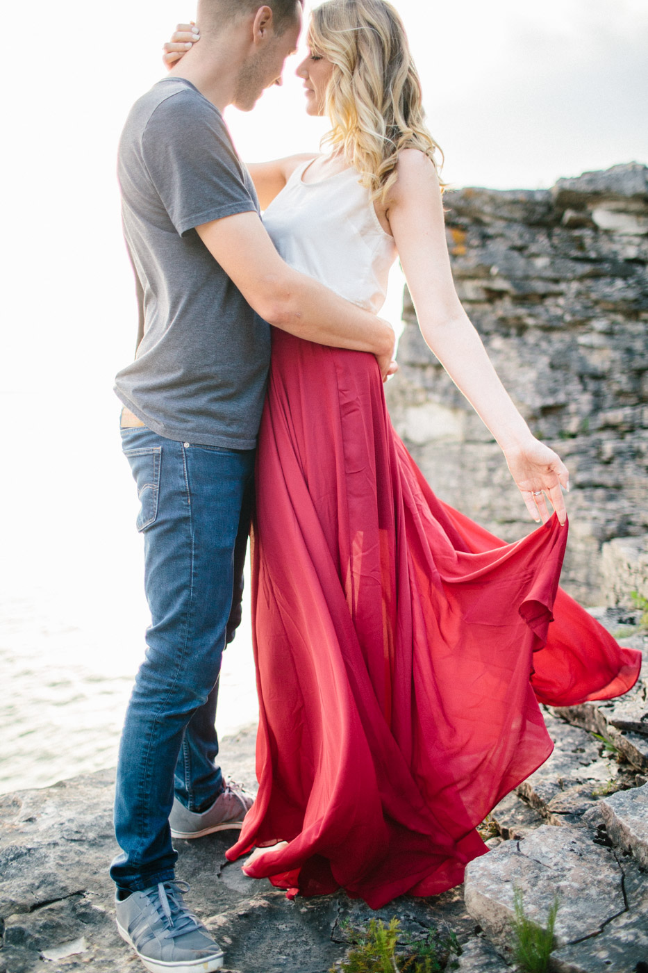 couples_adventure_session_tobermory-8.jpg